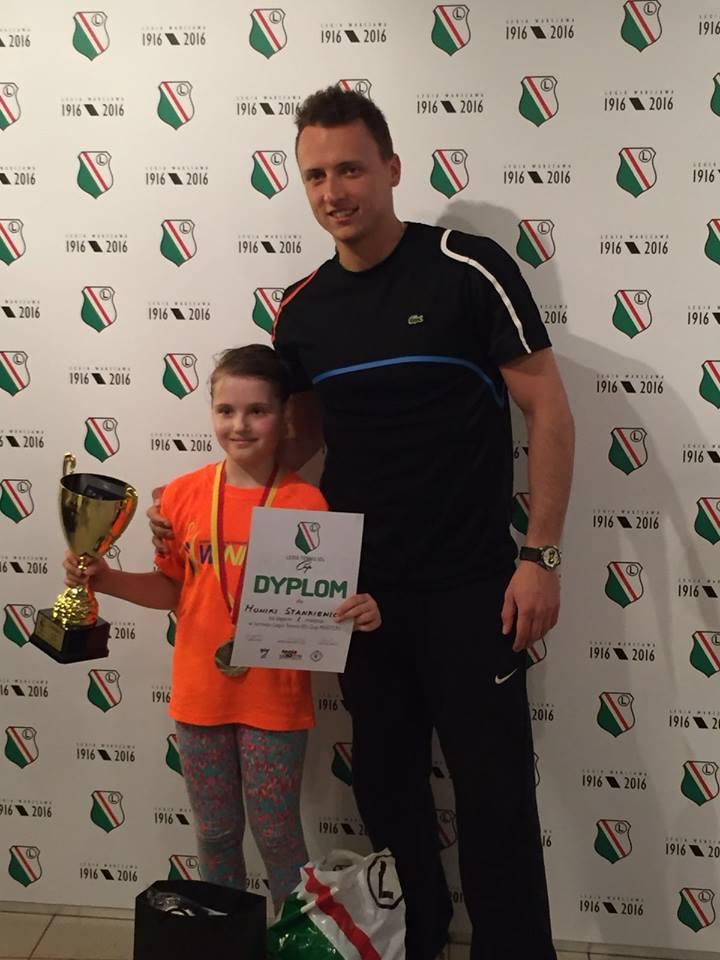 Tenisistka Monika Stankiewicz z trenerem Michałem Lewandowskim po zwycięstwie w turnieju Masters Legia Tennis 10's Cup