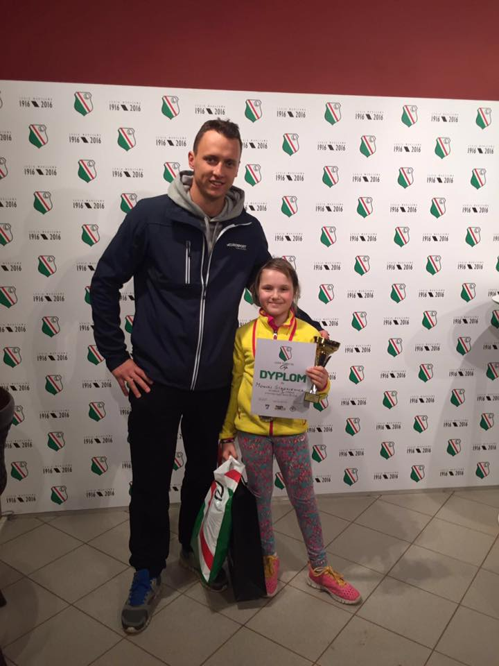 Tenisistka Monika Stankiewicz z trenerem Michałem Lewandowskim po zwycięstwie w turnieju Legia Tennis 10's Cup